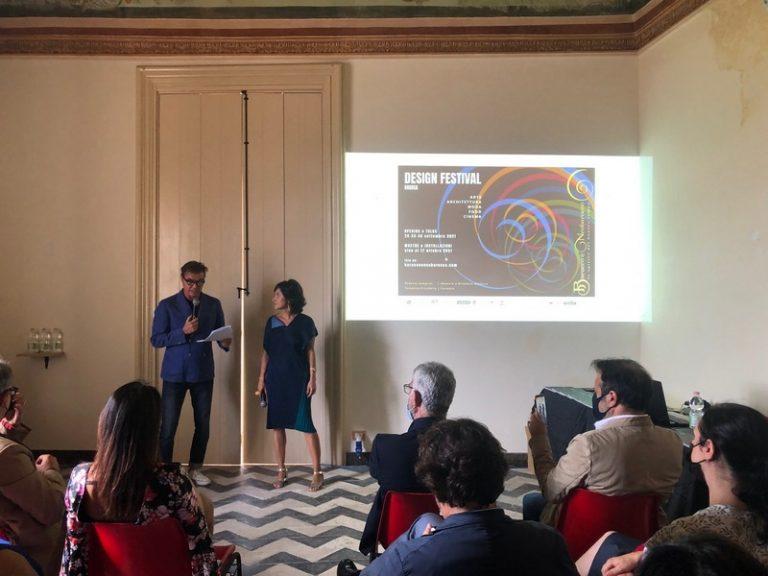"""Il sindaco Cassì apre l'edizione zero del design festival """"Barocco & Neobarocco"""""""