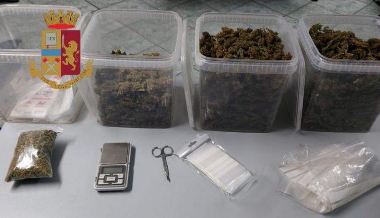 Aveva 17 dosi di marijuana nel borsello ed un chilogrammo in casa.  Polizia di Stato arresta pusher partinicese