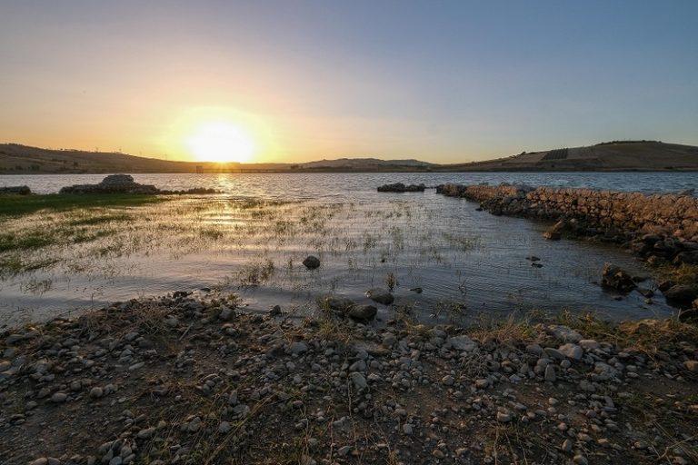 Il fortino arabo che riemerge dalle acque del lago alla scoperta di Mazzallakkar