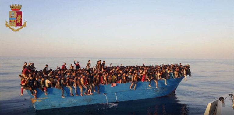 Fermati i 5 scafisti del maxi sbarco del 28 agosto a Lampedusa