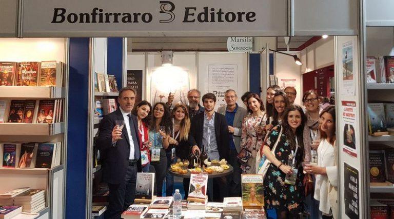 """Bonfirraro Editore ad """"Una marina di libri"""" con I gialli di venerdì 17"""