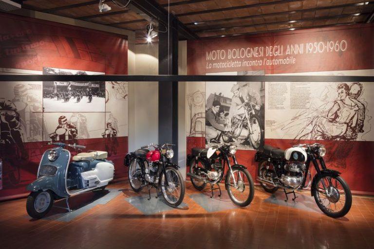 """""""Moto bolognesi degli anni 1950-1960. La motocicletta incontra l'automobile"""""""