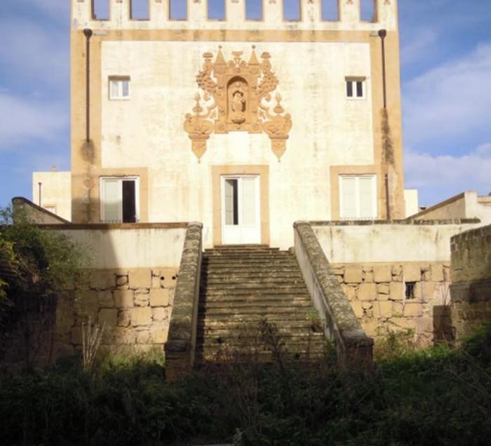 Villa Butera: si recupera e riqualifica l'ingresso sud e la scalinata