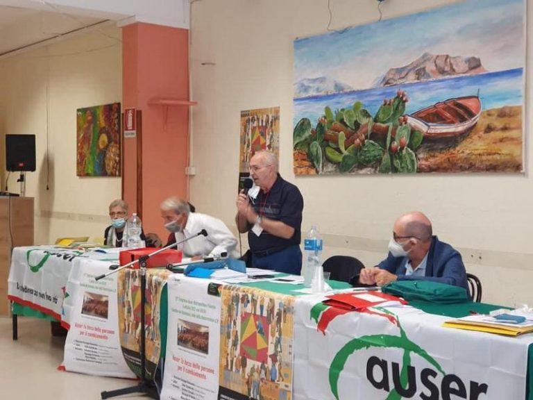 """Vincenzo Cangemi: """"Valorizzare il ruolo sociale degli anziani. Queste le attività dell'Auser per restare giovani nella terza età"""""""