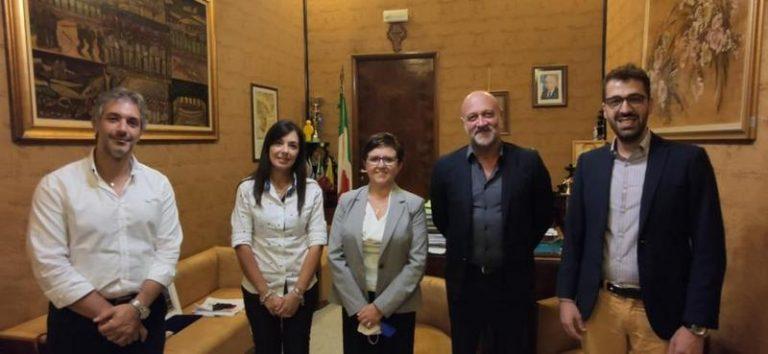 Fratelli d'Italia cresce a Palazzolo Acreide, aderisce anche la consigliera comunale Anna Maria Messina