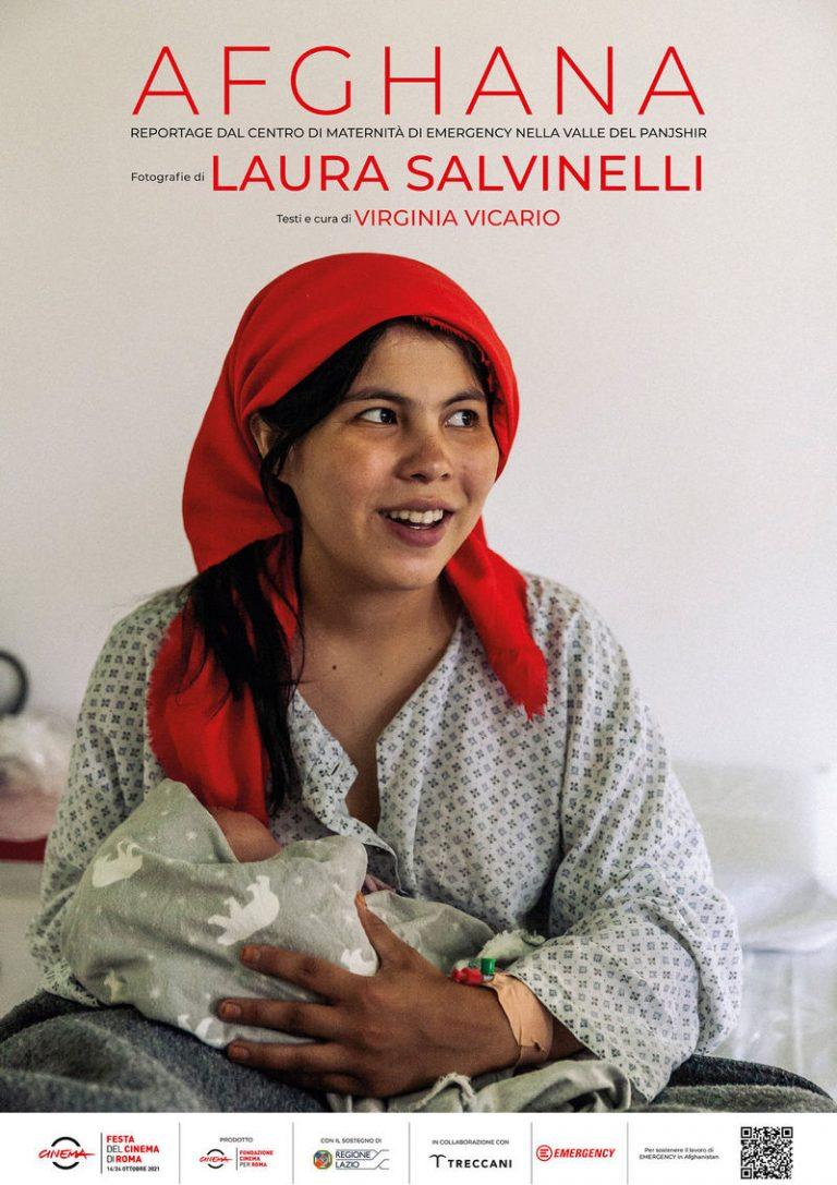 """""""Afghana"""" di Laura Salvinelli: il volto delle donne afghane del centro di maternità di Emergency ad Anabah in Panshir"""
