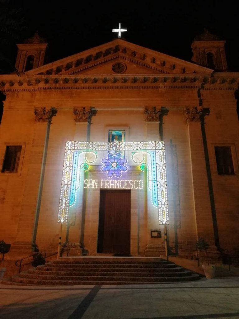 San Francesco d'Assisi è giornata di festa con la messa vespertina presieduta dal vescovo La Placa