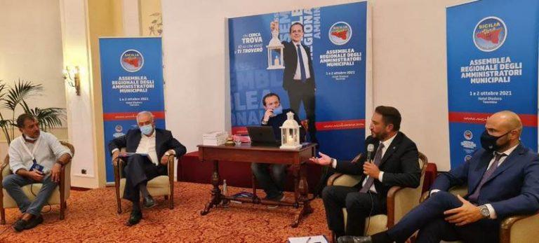 Amministratori municipali a confronto in occasione della prima Assemblea regionale di Sicilia Vera